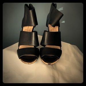 Jessica Simpson size 6.5 sandal